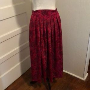 Gorgeous Vintage Red/Black TeaLength Pleated Skirt